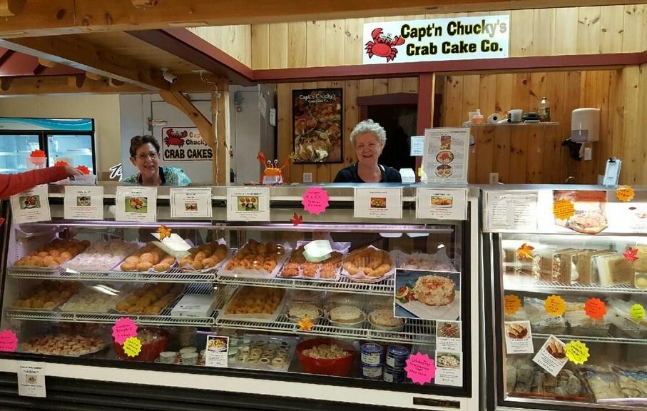 mullica-hill-aminsh-farmers-market-captn-chuckys-crab-cakes